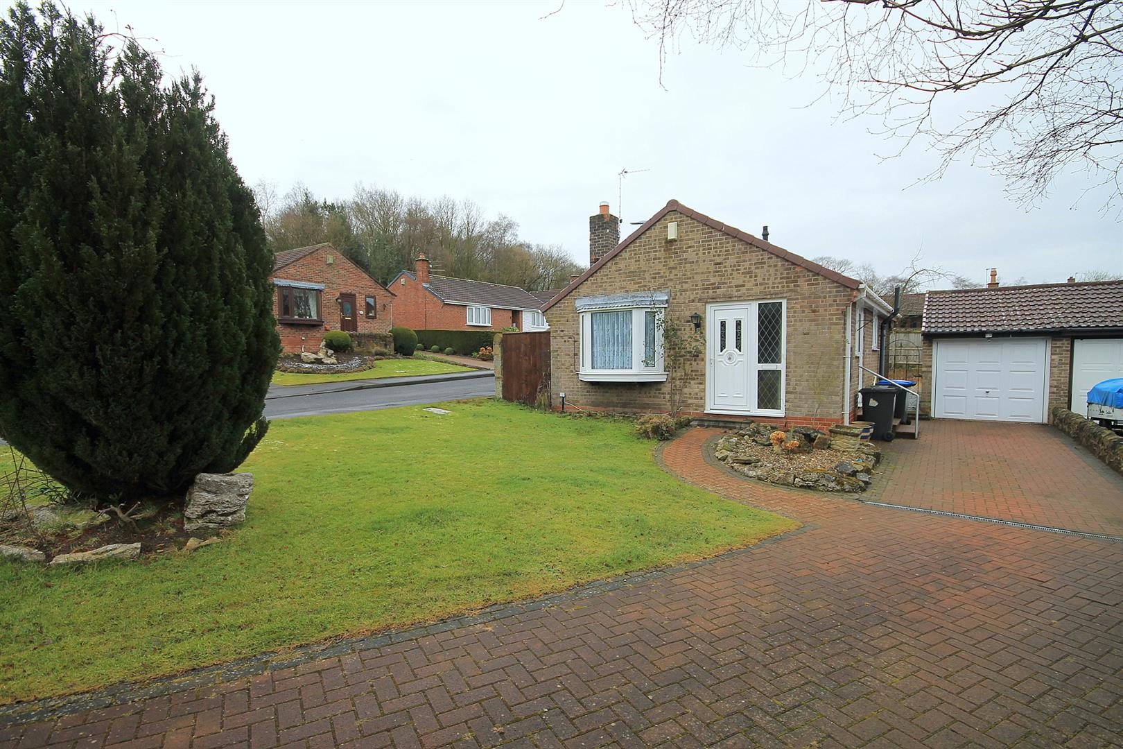 2 Bedrooms Detached Bungalow for sale in Swallow Close, Esh Winning, Durham